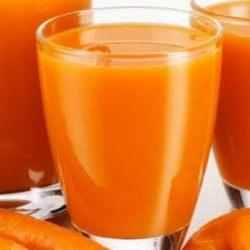 عصير البرتقال بالجزر والخوخ